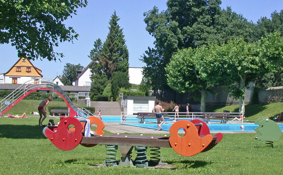 Freibad Kinderbecker