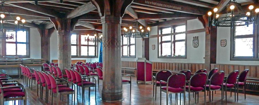 Hist. Rathaus_innen_Portal
